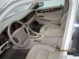2001 Jaguar XJ Interiors