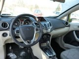 2013 Ford Fiesta SE Sedan Dashboard