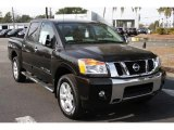 Nissan Titan 2013 Data, Info and Specs