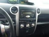 2005 Scion xB  Controls