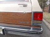 Oldsmobile Custom Cruiser Badges and Logos