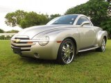 Chevrolet SSR 2004 Data, Info and Specs