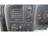 2007 GMC Sierra 2500HD Classic SLE Crew Cab 4x4 Controls