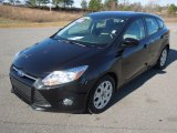2012 Tuxedo Black Metallic Ford Focus SE 5-Door #77332236