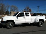 2004 Chevrolet Silverado 3500HD LS Extended Cab 4x4 Dually Data, Info and Specs