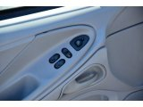 2000 Ford Mustang V6 Coupe Controls
