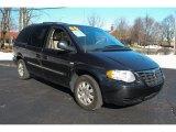 2006 Chrysler Town & Country Brilliant Black