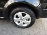 Volkswagen Jetta 2004 Wheels and Tires