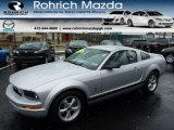2007 Satin Silver Metallic Ford Mustang V6 Deluxe Coupe #77761630