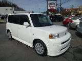 2005 Polar White Scion xB  #77961874