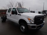 2013 Ford F350 Super Duty XL Crew Cab 4x4 Dually Chassis Data, Info and Specs