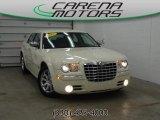 2005 Cool Vanilla Chrysler 300 C HEMI #78550574