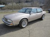 Oldsmobile Ninety-Eight Data, Info and Specs