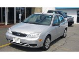 2005 CD Silver Metallic Ford Focus ZX4 S Sedan #7858504