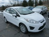 2013 Oxford White Ford Fiesta SE Sedan #78939698