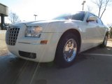 2005 Cool Vanilla Chrysler 300 Limited #79158186