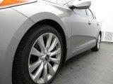 Hyundai Azera 2013 Wheels and Tires