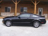 2005 Black Ford Mustang V6 Deluxe Coupe #79427360