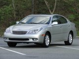 2003 Lexus ES 300 Front 3/4 View