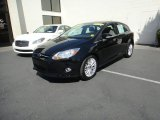 2012 Black Ford Focus SEL 5-Door #79628408