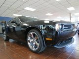2013 Phantom Black Tri-Coat Pearl Dodge Challenger R/T #80117389