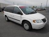 2005 Chrysler Town & Country Stone White