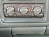 2002 Chevrolet Silverado 1500 LS Extended Cab Controls