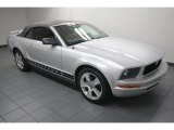 2006 Ford Mustang V6 Premium Convertible Front 3/4 View