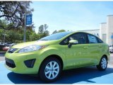 2013 Lime Squeeze Ford Fiesta SE Sedan #80650951