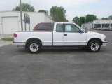 1994 Chevrolet S10 LS Extended Cab Data, Info and Specs