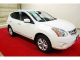 2013 Pearl White Nissan Rogue SV #81011324