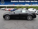2013 Phantom Black Tri-Coat Pearl Chrysler 300 S V6 AWD #81011303