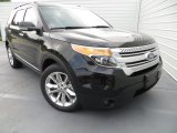 2013 Ford Explorer XLT Front 3/4 View