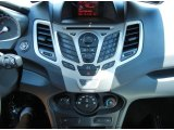 2013 Ford Fiesta Titanium Sedan Controls