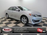2013 Classic Silver Metallic Toyota Camry SE #81349266