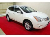 2013 Pearl White Nissan Rogue SV #81403470