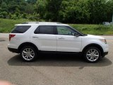 2013 White Platinum Tri-Coat Ford Explorer XLT 4WD #81403438