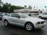 2007 Satin Silver Metallic Ford Mustang V6 Deluxe Coupe #81455243
