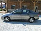2003 Liquid Grey Metallic Ford Focus SE Sedan #81502559