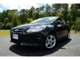 2013 Tuxedo Black Ford Focus SE Sedan #81583860