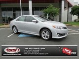 2013 Classic Silver Metallic Toyota Camry SE #81810878