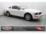 2006 Performance White Ford Mustang V6 Deluxe Coupe #81810738
