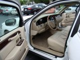 2011 Lincoln Town Car Interiors
