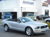 2007 Satin Silver Metallic Ford Mustang V6 Deluxe Convertible #8195850