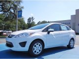 2013 Oxford White Ford Fiesta SE Sedan #82269371