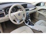 2013 Volvo XC70 Interiors