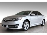 2013 Classic Silver Metallic Toyota Camry SE #82501067