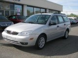 2005 CD Silver Metallic Ford Focus ZXW SES Wagon #8252512