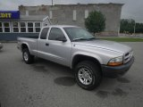 2003 Bright Silver Metallic Dodge Dakota SXT Club Cab 4x4 #82732540