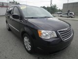 2010 Chrysler Town & Country Blackberry Pearl